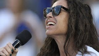 Minnie Driver Flubs the National Anthem