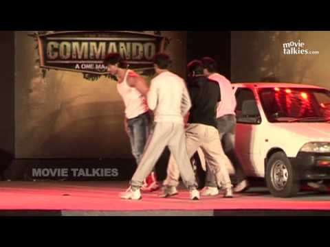 Thumbnail: Vidyut Jamwal's Stunts At Commando Trailer Launch
