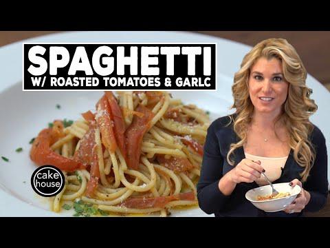 Spaghetti with a Delicious Twist  Roasted Tomatoes & Garlic  Easy Italian w. Lisa Valastro Ep04