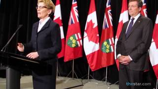 Premier Kathleen Wynne meets with John Tory