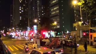A tour of Hong Kong Island and Kowloon at night via Big Bus Open-Top Tours (晚上香港及九龍遊)