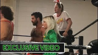 Video Macaulay Culkin Interferes In Wrestling Match Using 'Home Alone' Tactics download MP3, 3GP, MP4, WEBM, AVI, FLV Desember 2017