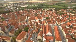 Mittelalter Stadt Nördlingen aus der Luft 4K