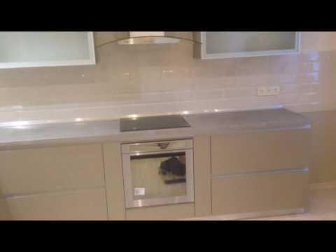 Кухня с Алюминиевыми рамками . IDEA STUDIO . Фасады EGGER . Столешница EGEER .
