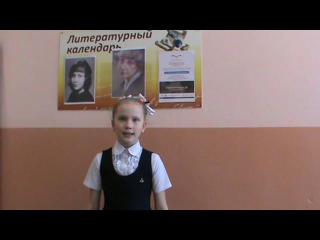 Изображение предпросмотра прочтения – ЕкатеринаПопова читает произведение «У кроватки» М.И.Цветаевой