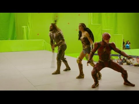 Zack Snyder Releases Justice League Behind the Scenes Footage!