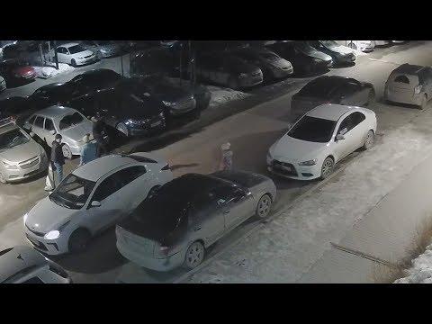 Таксист Мусо избил пассажира за отсутствие нала. Real Video