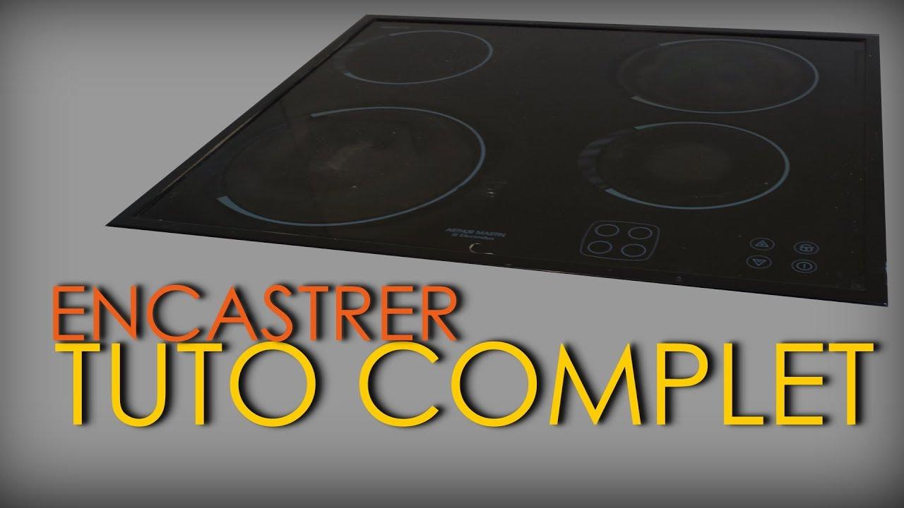 j encastre une plaque de cuisson sur un plan de travail en melamine cuisine amenagee episode 8
