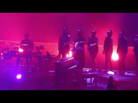Every Planet We Reach Is Dead  Gorillaz Los Angeles, The Forum, October 5 2017