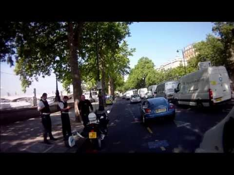 Special Escort Group (Metropolitan Police)  pulled over by the Police?!