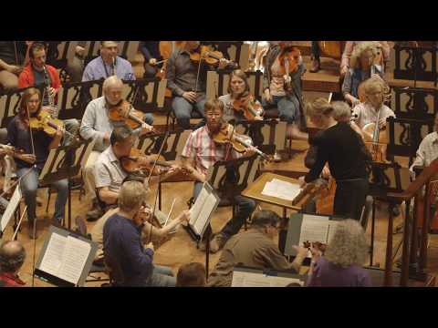 Susanna Mälkki rehearses The Rite of Spring with the San Francisco Symphony