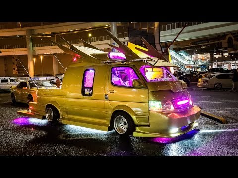 Meet the Craziest Modified Vans in Japan