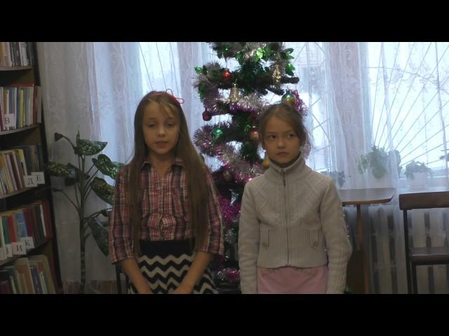 Изображение предпросмотра прочтения – «Барбаянова Валерия и Алексеева Юлия» читают отрывок изпроизведения «Мороз, Красный нос» Н.А.Некрасова