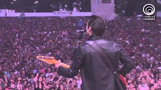Arctic Monkeys - Do I Wanna Know  (Les Vieilles Charrues 2014)