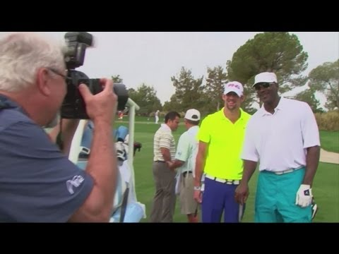 Michael Phelps vs Michael Jordan  Charity Golf