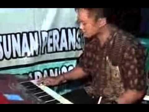 Areva Music Vespa Rosok