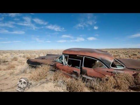 Abandoned Cars Australia 2016. Old Abandoned Classic Cars in Desert.