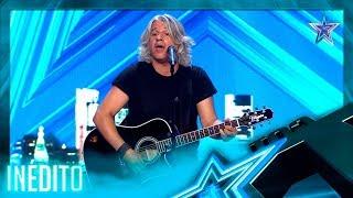 He SINGS IMITATING ENRIQUE BUNBURY, a SPANISH Singer!   Never Seen   Spain's Got Talent Season 5