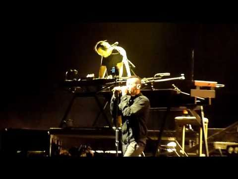 Linkin Park - Burning In The Skies (Live In Sydney, 15/12/10)