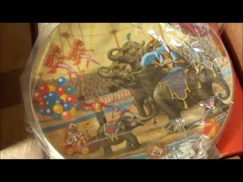 Ringling Bros and Barnum & Bailey Circus COLLECTORS PLATE found at yard sale!