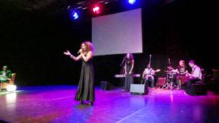 DOURIZ singing GOLDEN (by Jill Scott)