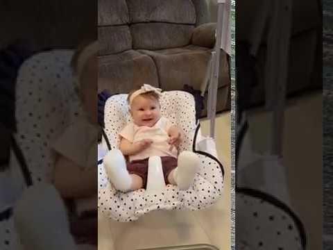 2 in 1 Highchair & electrical Baby Swing white/darkblue Homey