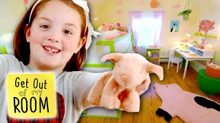 Girl Gets Cutest PIG-Themed Room Makeover with SECRET HIDEOUT!| Get Out Of My Room | Universal Kids