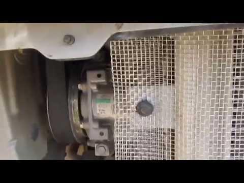 Снимаем ставим бампер Рено Дастера, с целью поставить сетку на радиатор