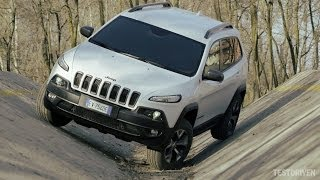Jeep Cherokee Trailhawk Off-road Test Ground