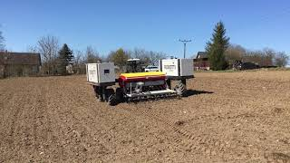Robotické setí máku v jižních Čechách