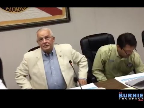 Panama City Beach FL Mayor Refuses to Answer Any Questions (4-27-17)