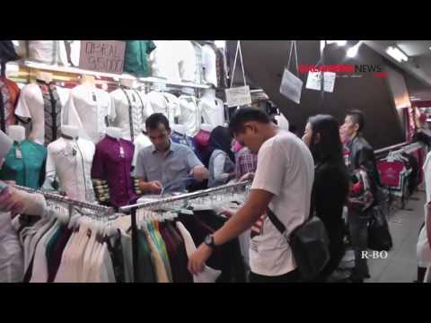 Suasana Pasar Baru Trade Center Bandung