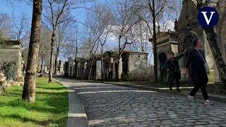 Con museos cerrados por la pandemia, los parisinos redescubren sus cementerios