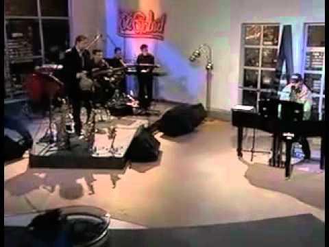 """Tocando con Cabas """"Tu boca"""",EN VIVO NOV. 2009"""