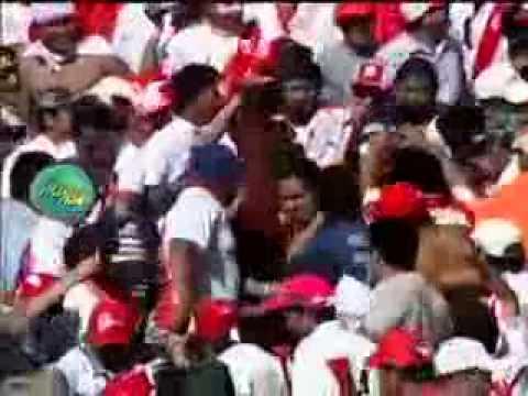 Mañosos se ganan con Daysi Araujo e Irina Grandez en pleno partido de Perú y Ecuador 15/11/2011