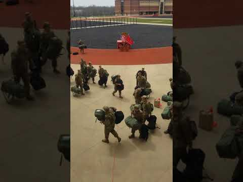 Drill Sergeant Chronicles Fort Leonard Wood Missouri very first 20 minutes of BCT.