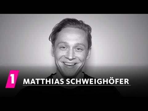 Matthias Schweighöfer im 1LIVE Fragenhagel  1LIVE English subtitles