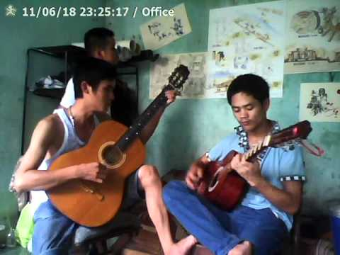 "guitar hòa tấu ""cây đàn sinh viên"" (bkdn 08kt2)"