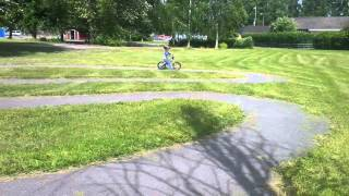 Leo killing it on his BMW Kidsbike(, 2013-07-02T21:25:30.000Z)