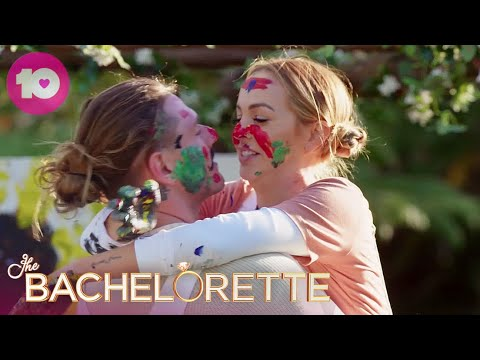 TImm And Angie Paint Sunflowers | The Bachelorette Australia
