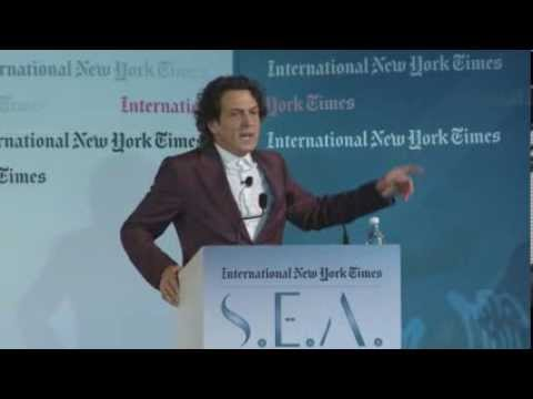 Stephen Webster speaks at the International New York Times Luxury 2013 conference