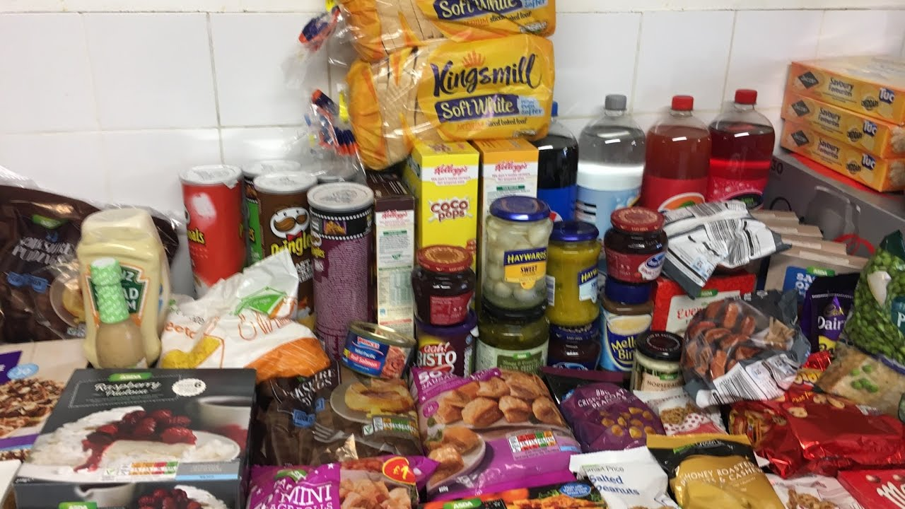Large family christmas day food shopping haul youtube for Shopping cuisine