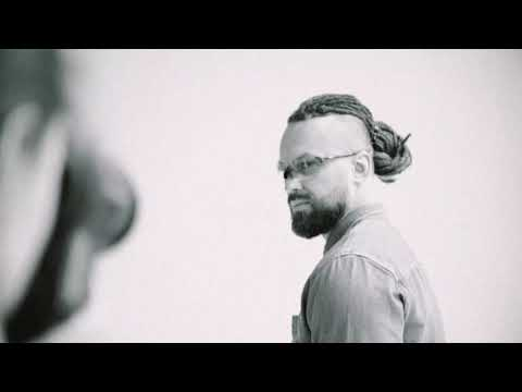 Burito – Photoshoot Backstage thumbnail