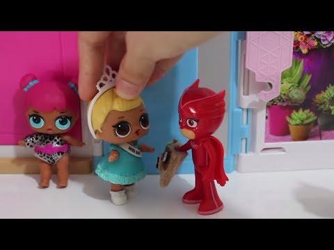 LOL Sürpriz Bebekler'e Pijamaskeliler yardım ediyor.Hırsızlık! Havuz Keyfi #LOLBebekGüncesi 4.Bölüm