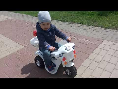 Прогулка Ванечки на Мотоцикле Kreiss Полиция 6V