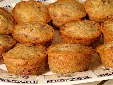 Powdered Eggs - Baking Strawberry/Banana Muffins!