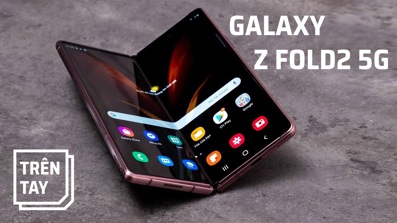 Mở hộp Galaxy Z Fold2 bản thương mại