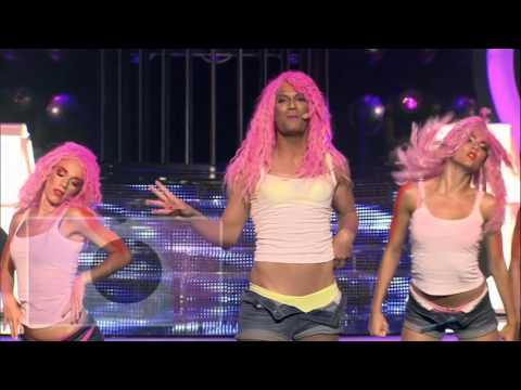 Ivan Šarić kao  Nicki Minaj: Super bass