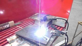 Сварка БЕЗ РУК,инвертором Stark RL,электрод Монолит 3мм(На видео видно как стабильно горит дуга сварочного электрода, что доказывает высокий уровень качества..., 2012-08-19T21:21:29.000Z)