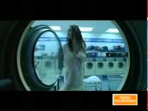 Dave Matthews Band - Dreamgirl (lyrics)